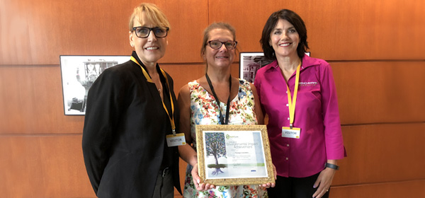 Kimberly Clark Presents Greenovation Award to Promega